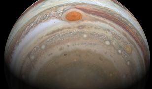 Misja JUICE ma na celu zbadanie Jowisza oraz odpowiedzenie na pytanie, skąd się bierze życie
