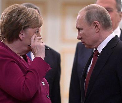 """Władimir Putin przyjął Angelę Merkel. """"Stała się petentką"""""""