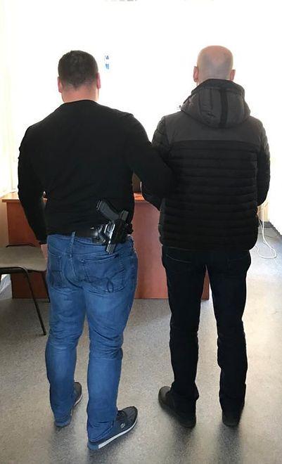 Policja zatrzymała dwóch Gruzinów podejrzanych o kradzież.