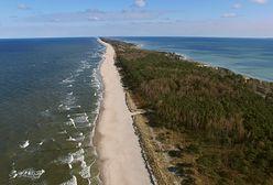 Polskie wybrzeże zagrożone. Naukowcy podali przyczyny