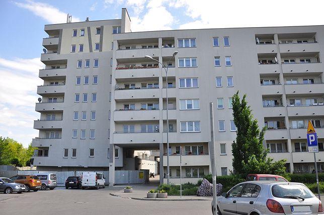 Wola. Ogłoszono przetarg na remont mieszkań w budynku przy ul. Piaskowej 9