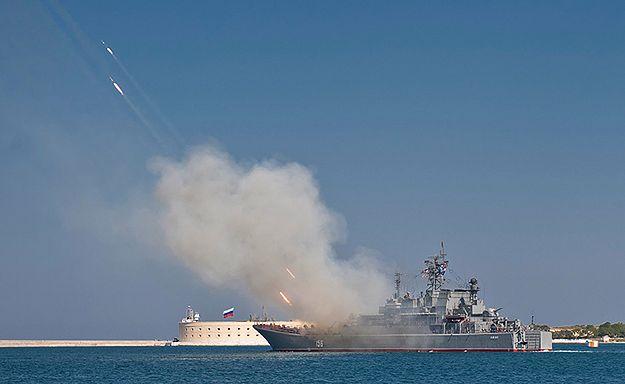 Rosyjskie okręty płyną na manewry na Morze Śródziemne
