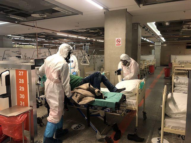 Koronawirus. Szpital Narodowy pochwalił się w mediach społecznościowych przyjęciem kolejnego pacjenta