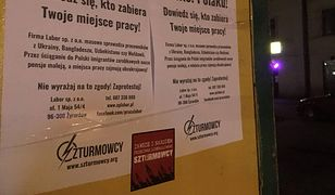 """""""Szturmowcy"""" protestują przeciwko pracownikom z Ukrainy. Rozwiesili plakaty"""