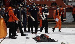 Katastrofa lotnicza w Indonezji. Na pokładzie samolotu byli nowożeńcy