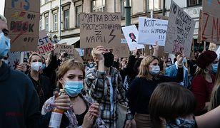 Polki idą na pocztę. Nietypowa forma protestu przeciwko wyrokowi TK