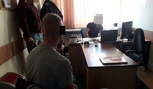 Warszawa. 12 zarzutów dla złodzieja stołecznych drogerii
