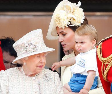 Książę Louis z mamą, księżną Kate i prababcią, królową Elżbietą II