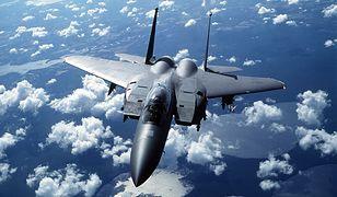 Robił zdjęcia samolotom. Uratował pilota myśliwca F-15