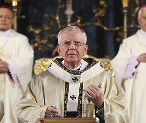 """Arcybiskup Jędraszewski: """"Chcą zabijać niewinne dzieci"""""""