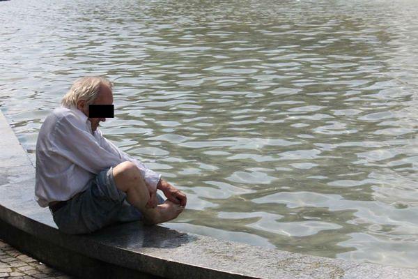 W poznańskich fontannach kąpią się dzieci, ale także bezdomni
