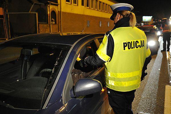 Policja: w weekend na drogach zginęło 36 osób