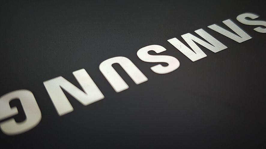 Samsungom z Androidem 7 grozi utrata danych z My Knox. Łatka w drodze