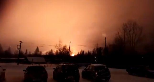 Ogromny pożar rosyjskiej rafinerii. Ogień objął wielki obszar
