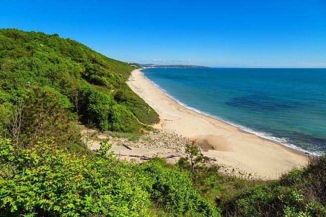 Bułgaria słynie z czystych, piaszczystych plaż, przyciągających turystów od dekad