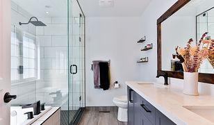 Sposoby na idealne doczyszczenie kabiny prysznicowej. Czy znasz je wszystkie?