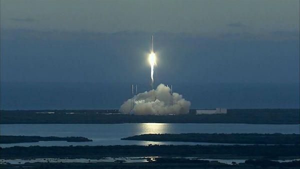 Udany start rakiety z satelitą do obserwacji aktywności Słońca