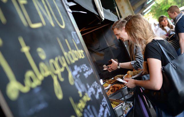 Odmrożenie gastronomii nie rozwiąże ich problemu. Food trucki bez imprez mają problem