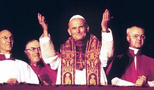 Karol Wojtyła tuż po wyborze na papieża w 1978 roku