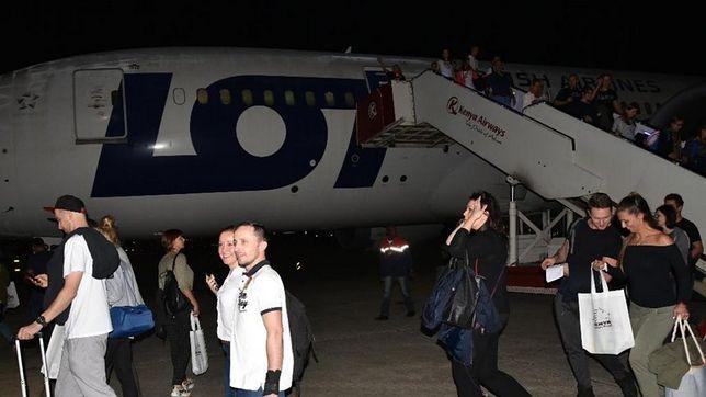 Polacy lądujący w Kenii