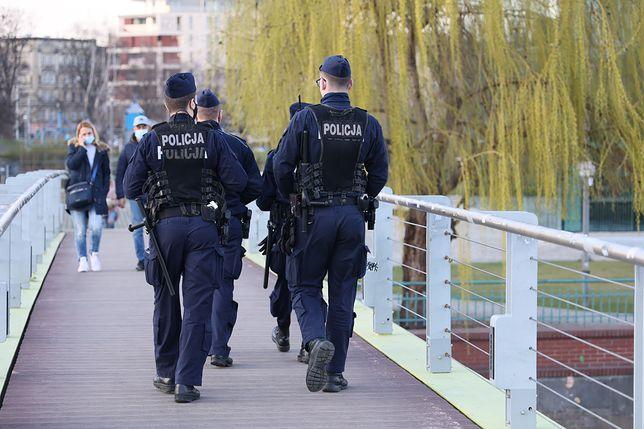 Wpadka policji. Mieli pilnować pociągu, pomylili stację