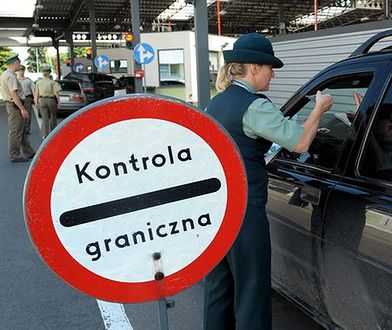 Dłuższe kolejki na przejściu polsko-rosyjskim w Bezledach