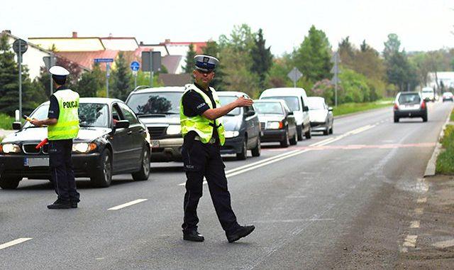 Próba jazdy po alkoholu: z kluczykami lepiej uważać