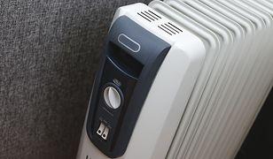 Ale zimno! Praktyczne urządzenia do dogrzewania pokoju lub biura