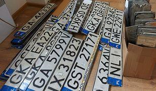 Jak rozszyfrować polskie tablice rejestracyjne?