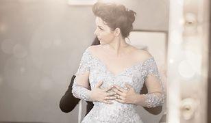 Amerykańska aktorka Audrey Moore w sukni ślubnej