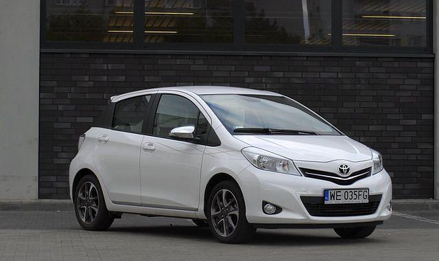 Toyota Yaris 1,33 Trend by Simple: dodatek do torebki