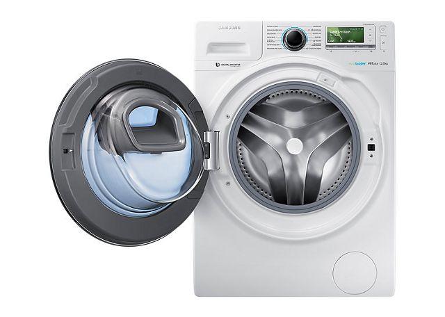Przetestowaliśmy sterowaną smartfonem pralkę z podwójnymi drzwiami. Warto kupić AdWash?