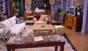 """Przytulne mieszkanie z serialu """"Przyjaciele"""""""