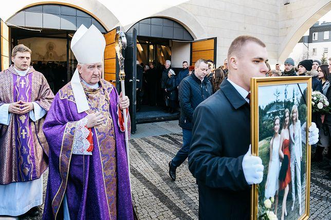 Ostatnie pożegnanie ofiar wypadku w Bukowinie Tatrzańskiej
