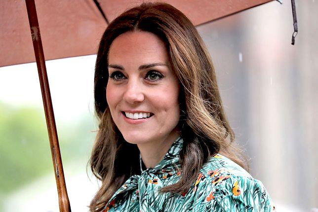 Księżna Kate zerwała kontakt z przyjaciółką. W sieci huczy od plotek o romansie