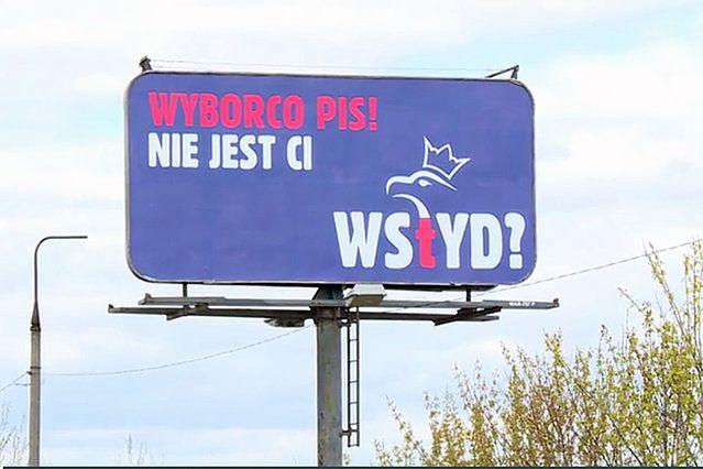 """""""Wyborco PiS, nie jest ci wstyd?"""" Kto postawił billboardy?"""
