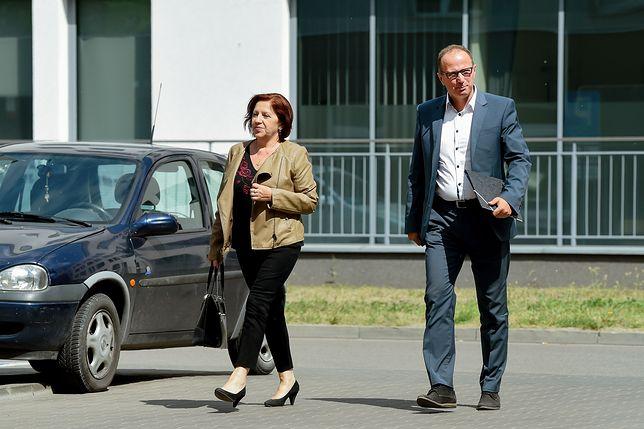 Sekretarka prezesa PiS odwiedziła go w szpitalu przy Szaserów
