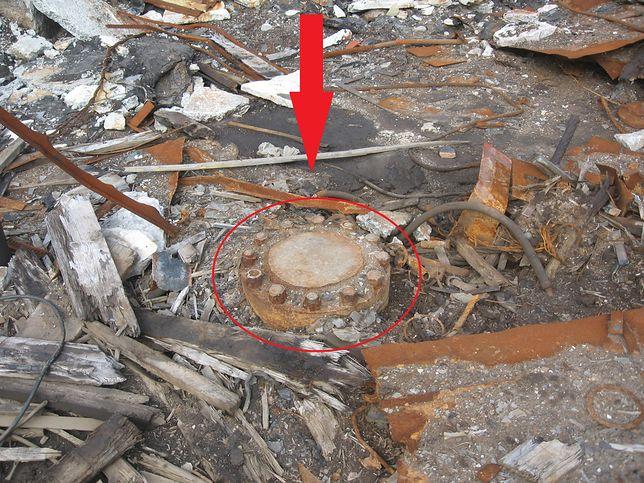 Rosja. Pod metalowym dyskiem kryje się najgłębsza dziura w Ziemi