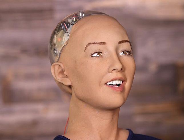 Powstał robot, który wygląda jak prawdziwy człowiek