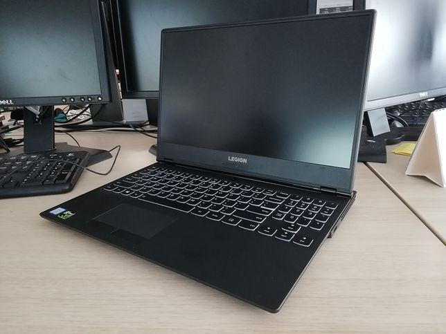 Lenovo Legion Y530. Szkoda, że inne laptopy gamingowe tak nie wyglądają