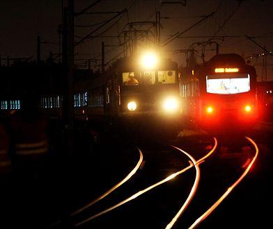 Incydent na torach w Wielkopolsce. Pociąg nie wyhamował, ludzie skakali z wagonów