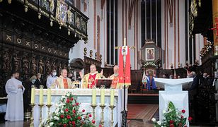 Od niedzieli we mszy świętej może wziąć udział więcej osób