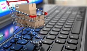 Długi sklepów internetowych rosną lawinowo.
