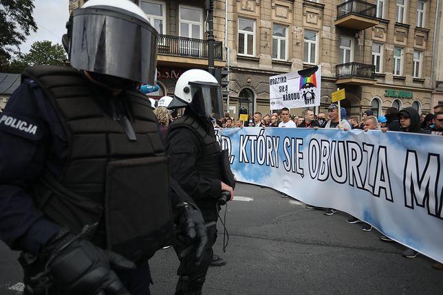 Lublin. Ulicami miasta idzie Marsz Równości. Doszło do pierwszych zatrzymań