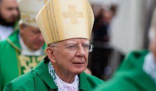 """Abp Jędraszewski grzmi: ma miejsce coś takiego, jak """"piłowanie katolików"""""""