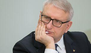 Poseł Stanisław Pięta zaprezentował kochance swój plan na pozbycie się terrorystów z Europy