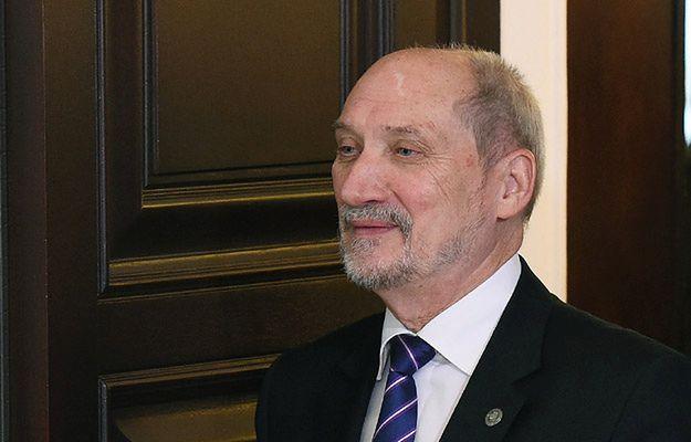 Antoni Macierewicz chce odtajnić niektóre akta z IPN
