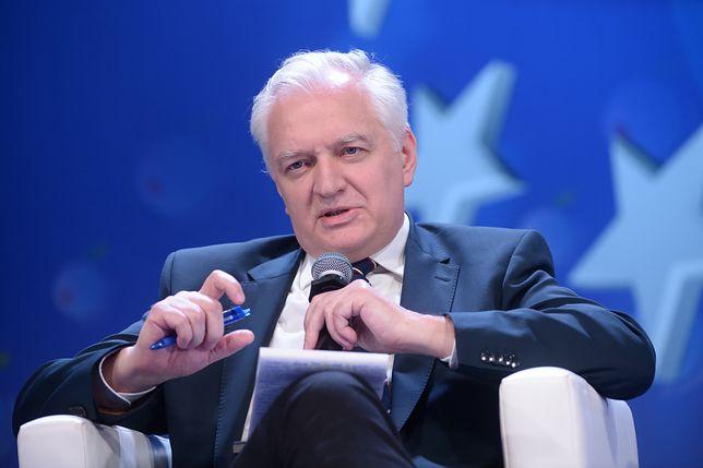 Gowin: Premier wyprowadził i ukrył ogromny dług. 300 miliardów złotych