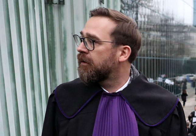 Koronawirus w Polsce. Sędzia Przymysiński: cały dzień zastanawiałem się, czy świadek nie jest zakażony
