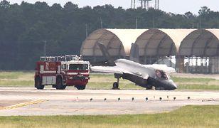 """Podczas lądowania F-35 """"upadł na nos"""""""